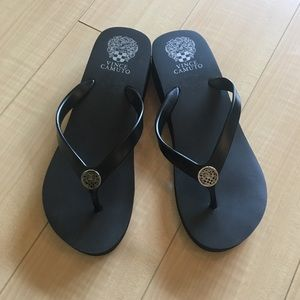 🌺NEW Vince Camuto Wedge Sandals/Flip Flops Sz8M